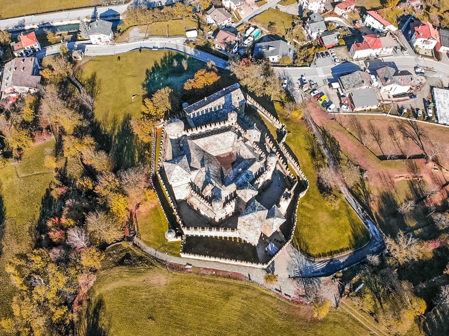 Il Castello di Fénis e una passeggiata ad Aosta!